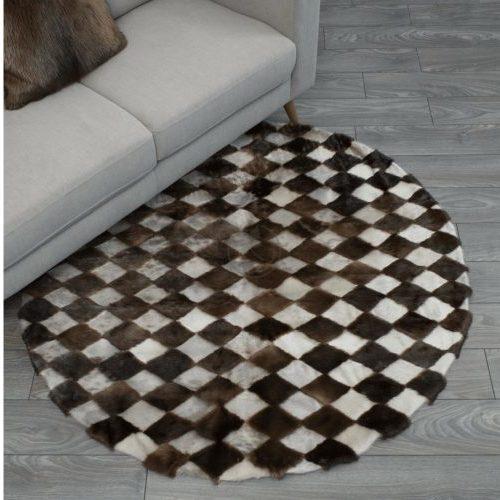 Fur Canada seal-otter-round-carpet-750x501