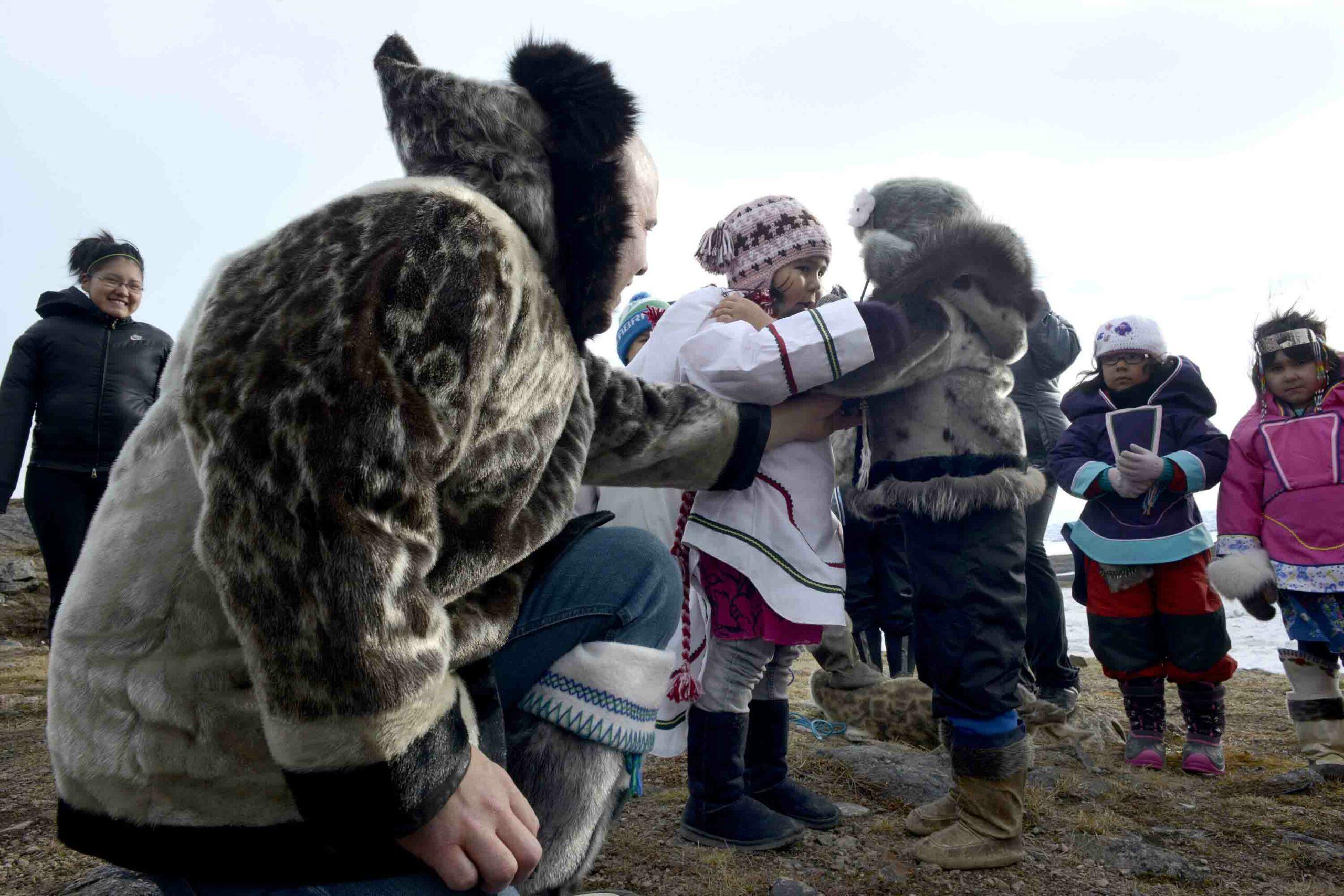 Seal & Indigenous Communities Pictures (3)